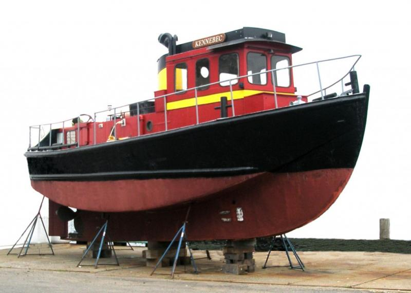 39' Tug Boat Yacht - Former Logging Tug