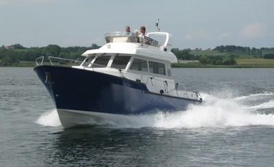 10m Jupiter 342 2017 - Modern Flybridge Motor Yacht For Sale