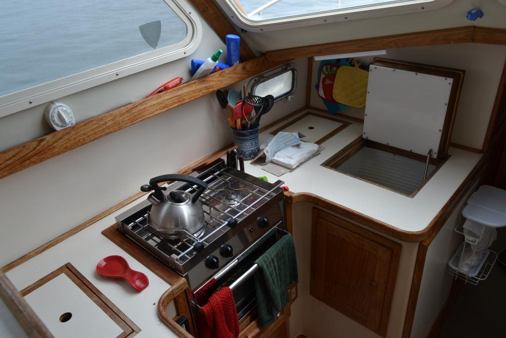 35' Nauset Downeast Yacht For Sale