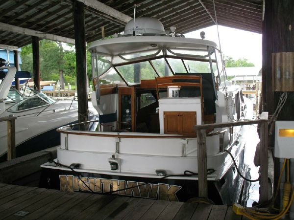 44' Midnight Lace Express Motor Yacht For Sale