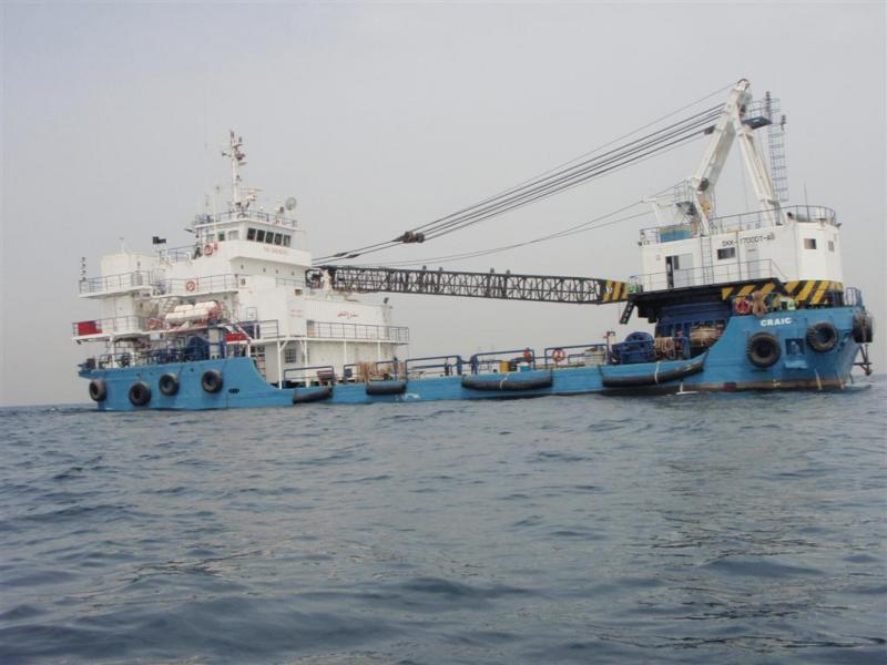 47m Self Propelled DP2 Crane Barge - 150 ton crane