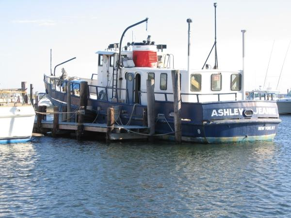 65' Army Pilothouse T-Boat - With Bow Thruster