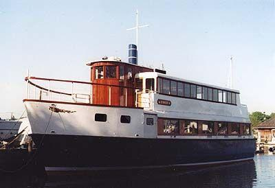 65' Excursion Dinner Party Boat - Steamer Style