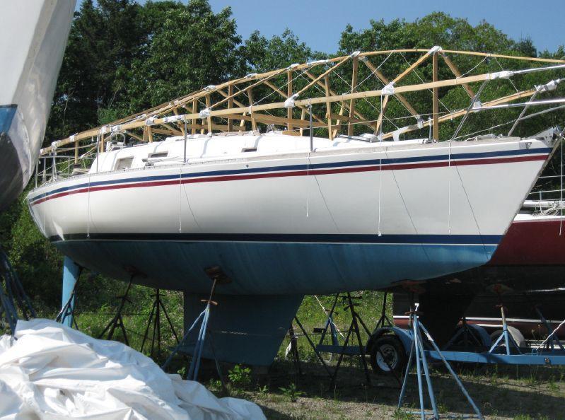 35-8 x 11-5 x 6-0 Fin keel Aft cockpit Yanmar diesel