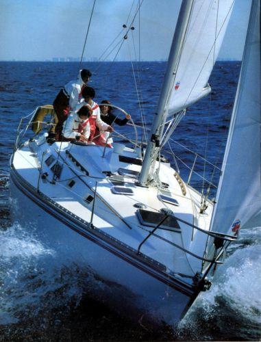 34' Hunter Sloop