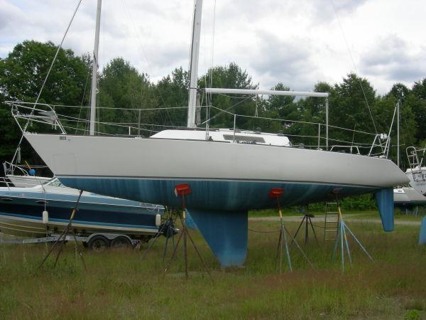 34' J Boat