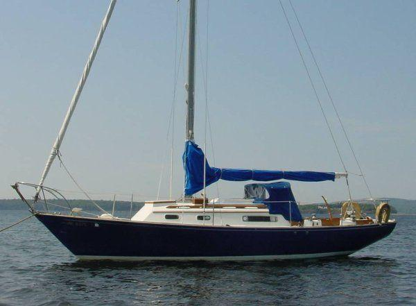 30' C&C Redwing Sloop - Midcoast Yacht & Ship Brokerage