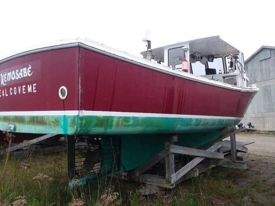 31' BHM Lobster Boat For Sale
