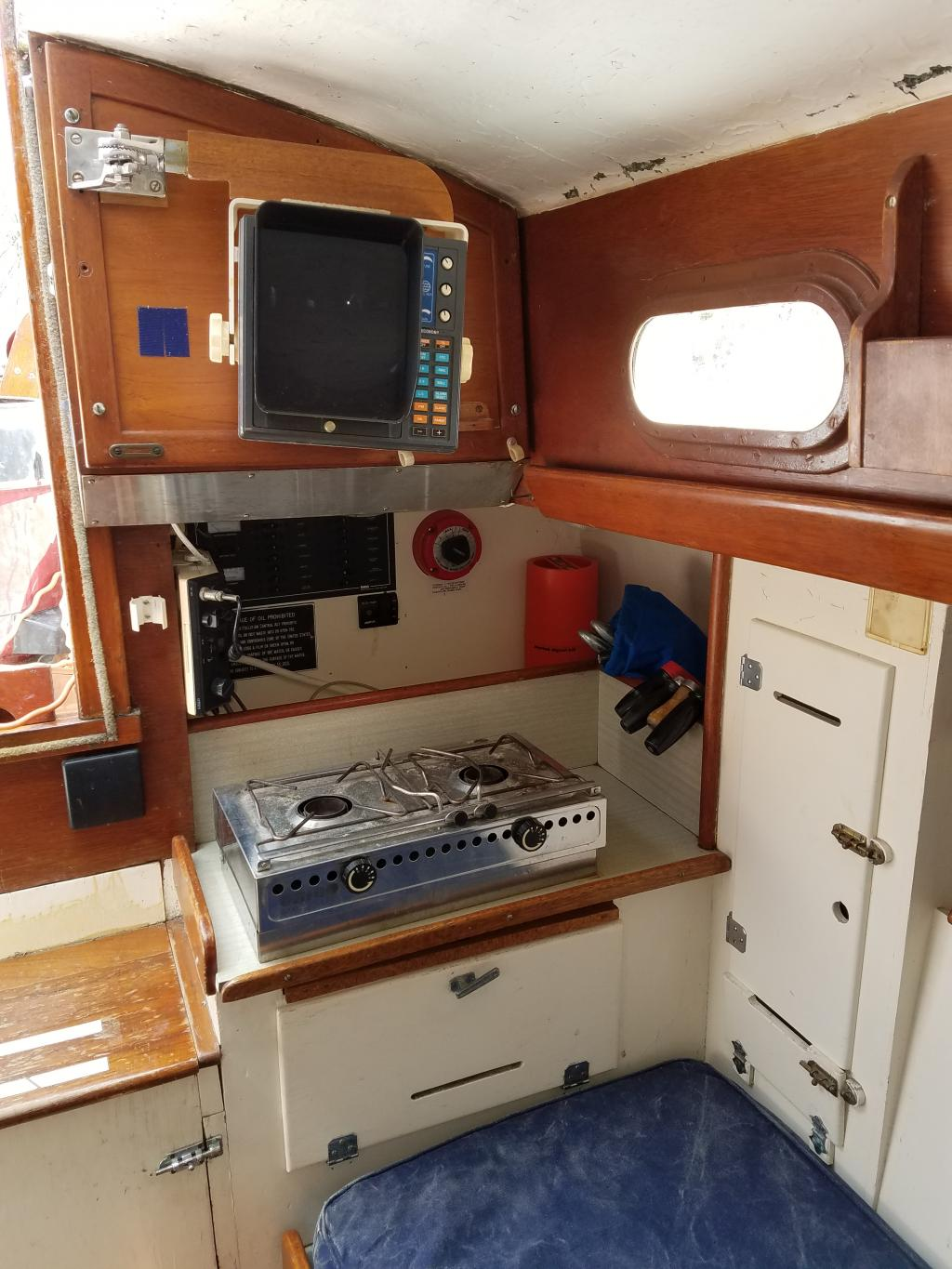 30' Hinckley Sou'wester Sloop For Sale