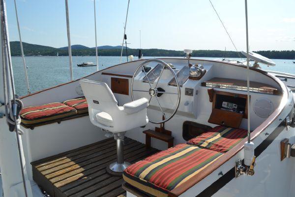 42' Kadey Krogen Trawler For Sale