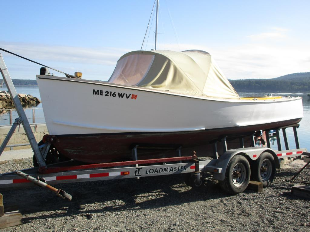 21' Hodgdon Brothers Runabout - For Sale