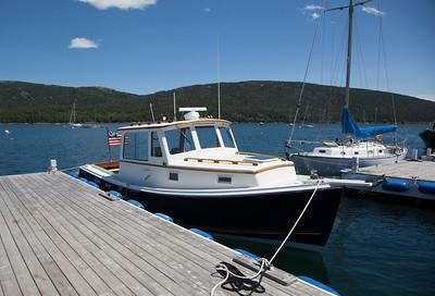 Stanley 28 Downeast Yacht For Sale