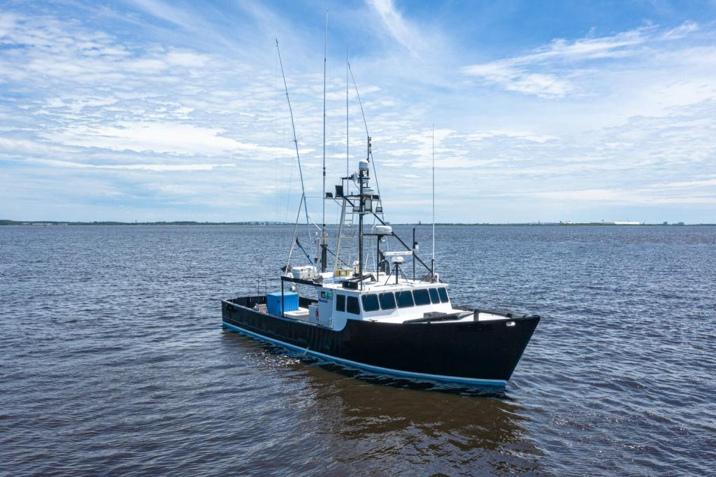55' Offshore Lobster Fishing Tuna Boat For Sale