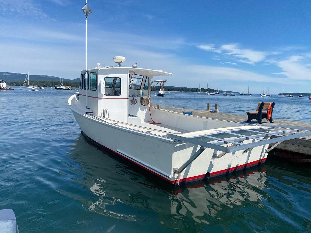 32' H&H Lobster Boat For Sale