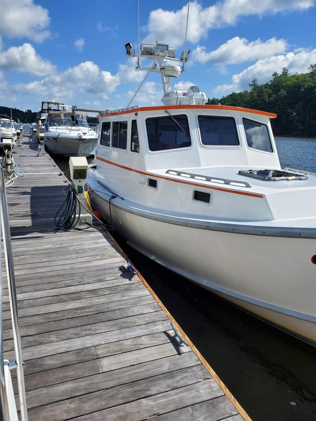 34' South Shore Downeast Sportfish Cruiser For Sale