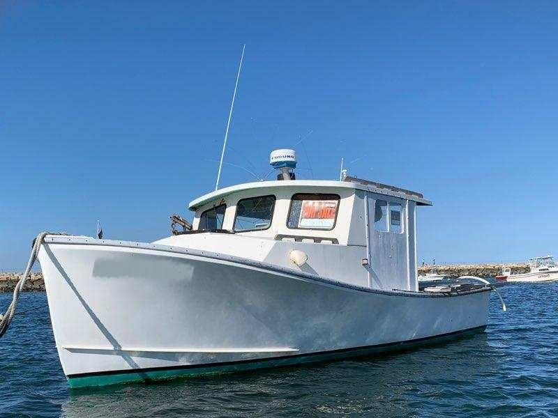 28' Harris Cuttyhunk Lobster Boat For Sale