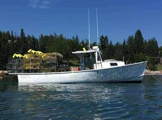 32' BHM Lobster Boat 1985 - Cummins 315 HP For Sale