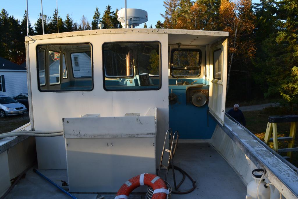 35' Duffy Lobster Boat 1986 - John Deere 220 HP For Sale