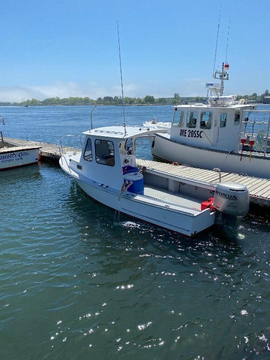 22' Sisu Lobster Boat 1987 - Honda 4 Stroke 130 HP For Sale