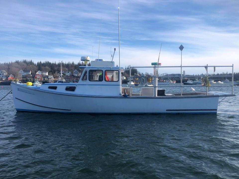 35' H&H Lobster Boat 1992 - Cummins 355 HP For Sale