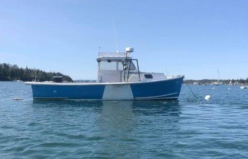 28' AJ Lobster Boat 1997 - Cummins 210 HP For Sale