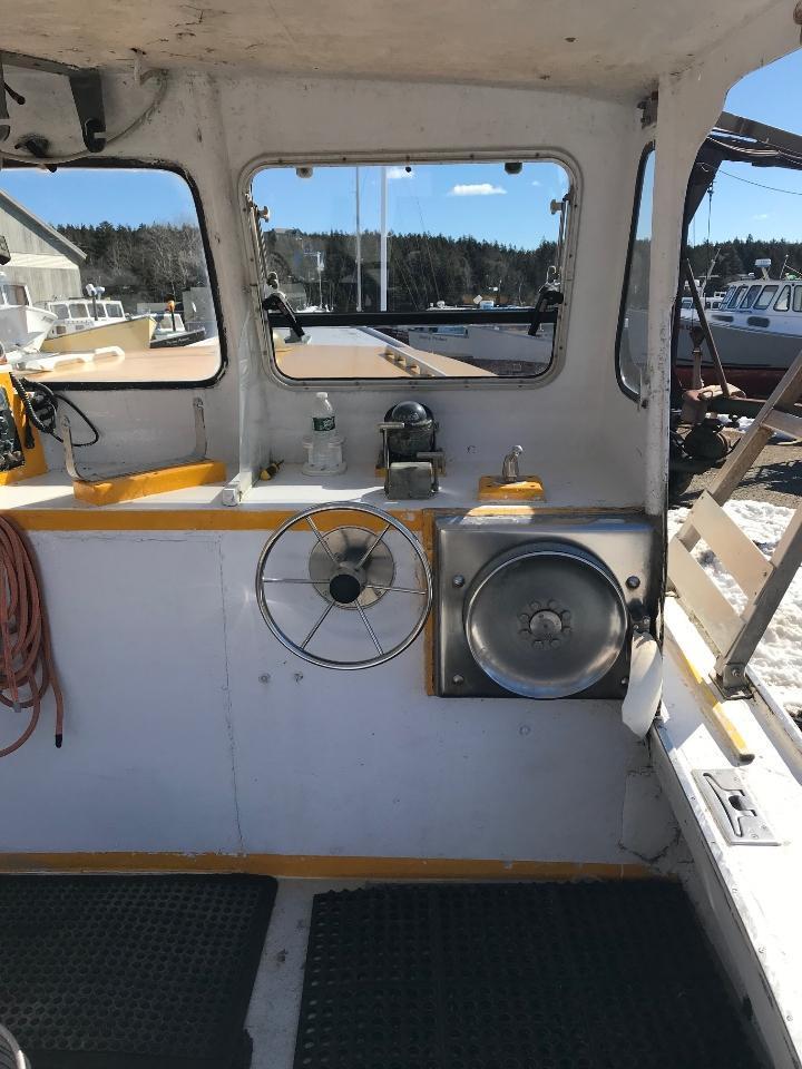 34' Duffy Lobster Boat 1979 For Sale - John Deere 220 HP