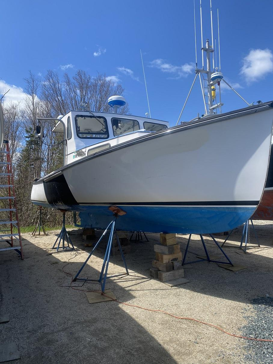 30' Duffy Lobster Boat 1984 - Nanni 270 HP For Sale
