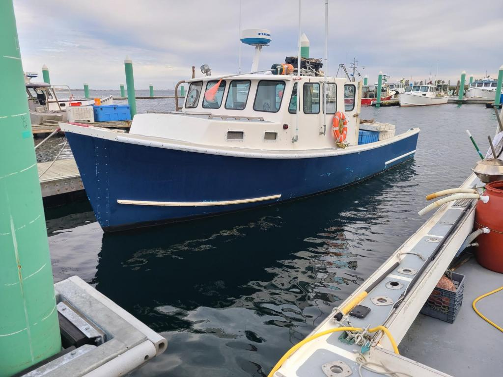 32' BHM Lobster Boat 1985 - Cat 375 HP For Sale