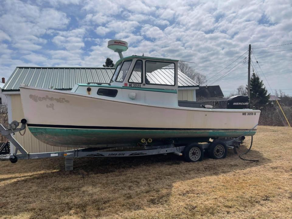 23' Crowley Beal Lobster Boat 1998 - Mercury 200 HP For Sale
