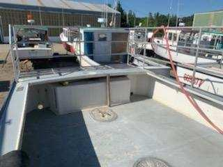 32' Mitchell Cove Lobster Boat 1997 -  Volvo 370 HP For Sale