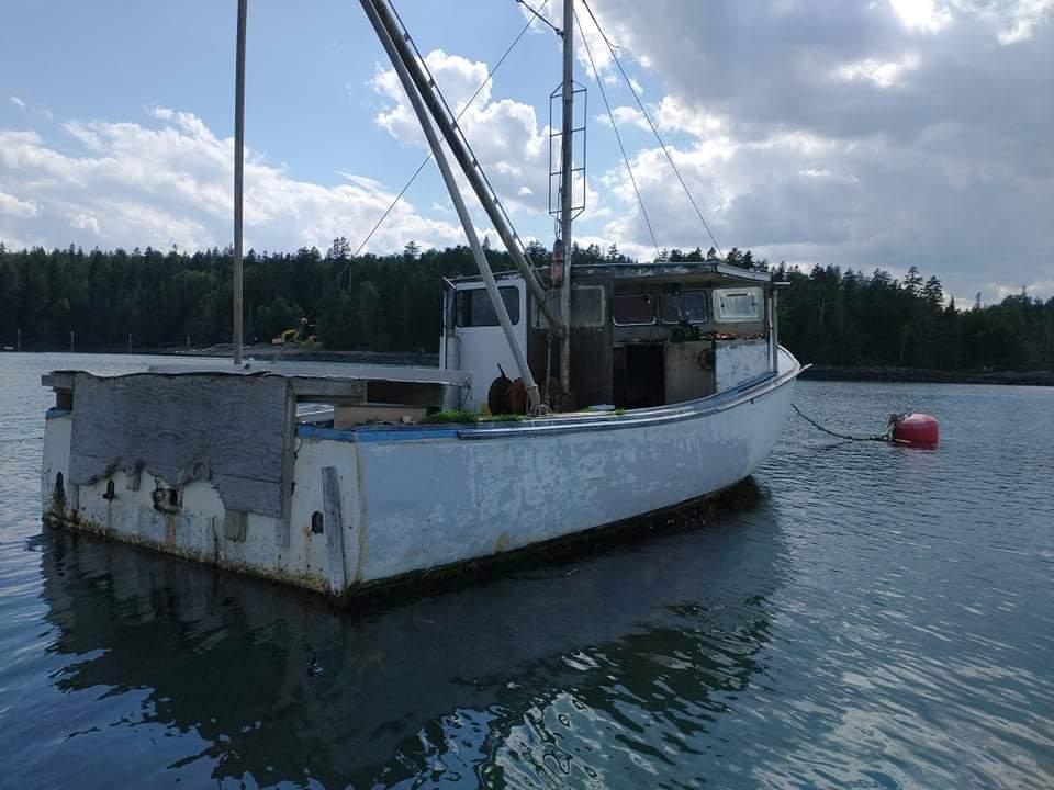 36' Fiberglass Novi Lobster Boat 1992 - Ford Lehman 135 HP For Sale